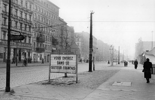 Border on Bernauer Strasse, 1955