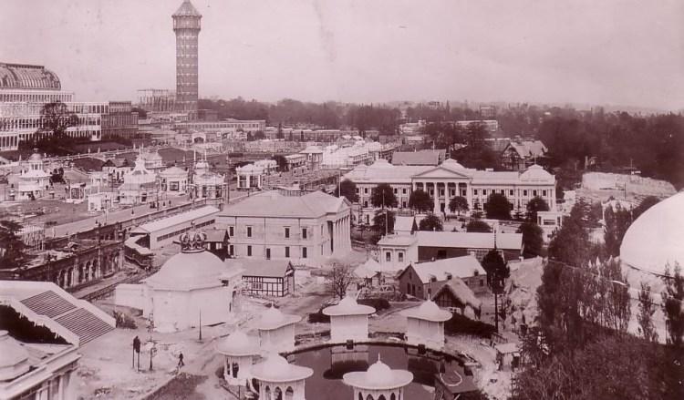 https://en.wikipedia.org/wiki/Festival_of_Empire#/media/File:Festival_of_Empire_1911_from_Candian_House.jpg